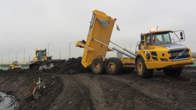 Howley-Contracts-Rossmore-Civils-UK-Ireland-Transport-Polmadie-Road-Preparation-Volvo-Dump-Truck