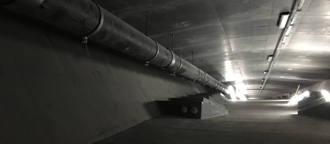 pipe,bridge,structure